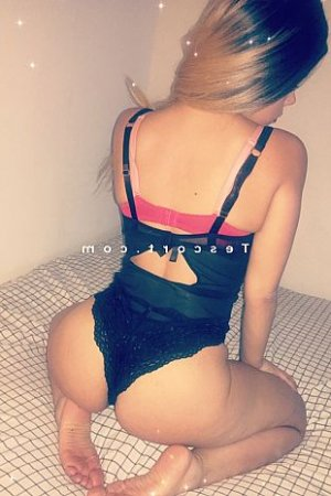 Maylee massage sexy 6annonce escorte girl