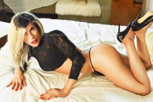 Ermence lovesita escorte girl massage sexe à Ajaccio